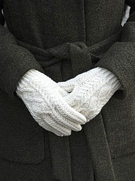 Handknit Aran Wool Gloves Unisex