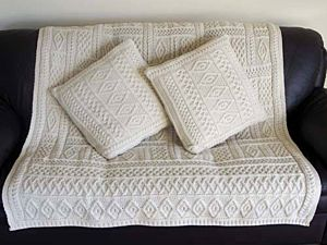 Natural Two Tone Aran Plated Throw