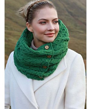 100% Merino Wool Lime green snood