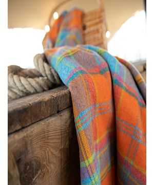 100% Lambswool Throw Orange and Turquoise Col: 663