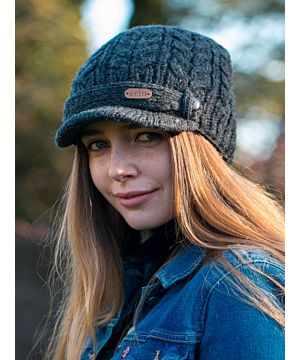 Aran Cable Peak Hat Lined Charcoal