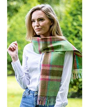 100% lambswool Green, Pink & Blue