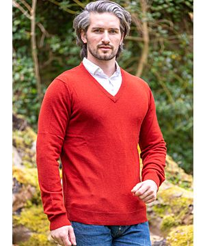 100% Lambswool V Neck Sweater Chilli