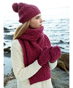 Super Soft Aran Cable Knit Scarf Berry