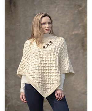 Super Soft Poncho Natural