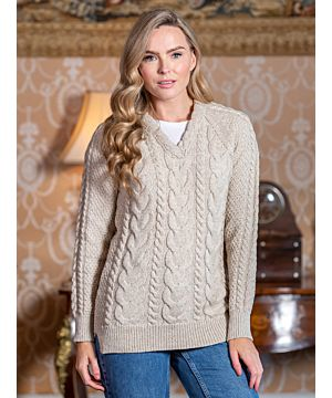 Wool and Cashmere V neck Fitted Sweater Parsnip